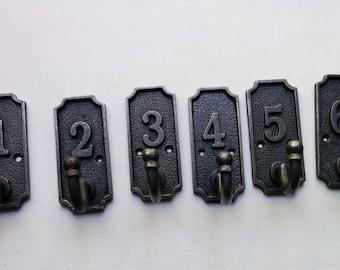 Set of iron 1 - 6 number hooks