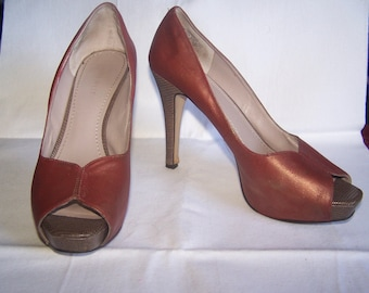 Red gold peep toe pumps, Size 8.5