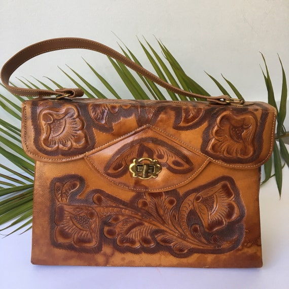 Vintage 1970s Hand Tooled Leather Purse
