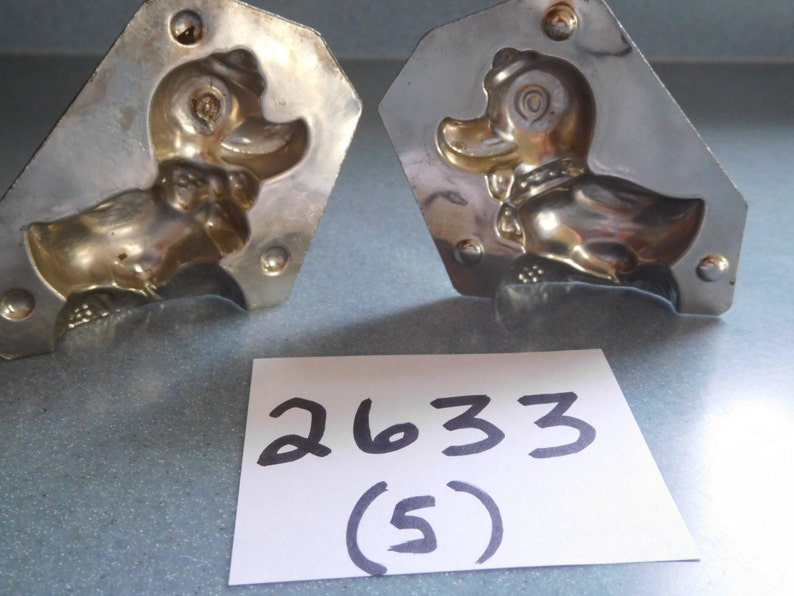 Duck Wearing Bow at Neck and Small Hat by Horlein #26335 Vintage Metal Candy Mold