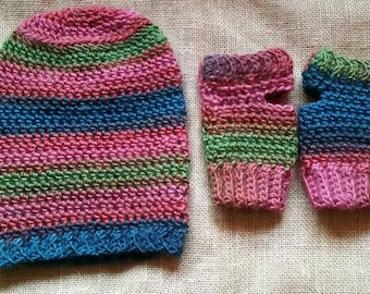 Slouch beanie and wristlets