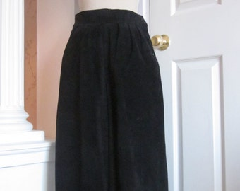 Vintage high waist suede culotte-gaucho pants size 8 - small