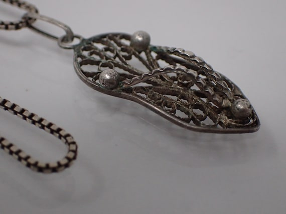 silver filigree thong pendant necklace,