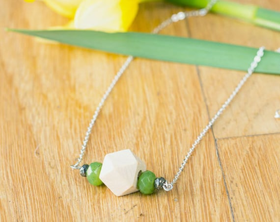 Gemstone & Pyrite Bar Diffuser Necklace with Oil Blend Combo (Silver)