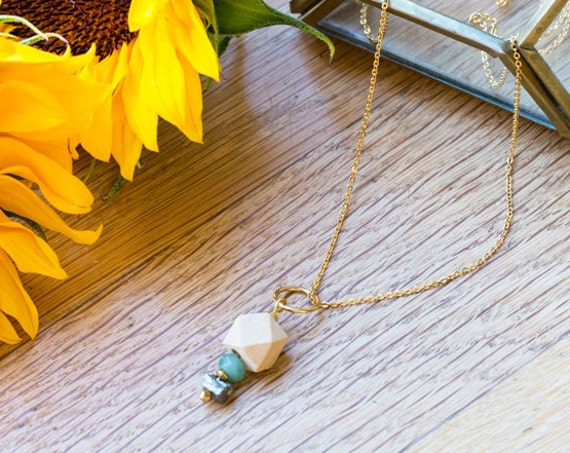 Druzy Pyrite & Gemstone Pendant Diffuser Necklace (Gold)