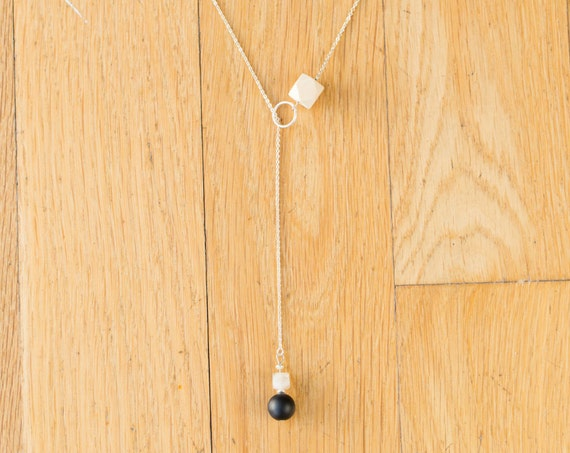 Black Agate & Carnelian Lariat Diffuser Necklace with Oil Blend Combo (Silver)