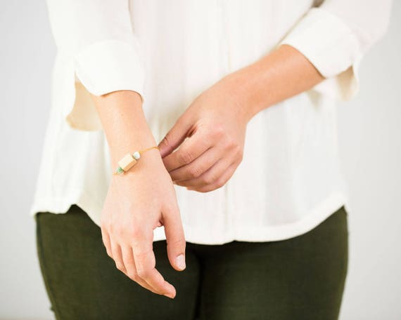 Gemstone Bar Bracelet (Gold)