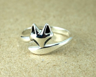 Fox Ring in Sterling Silver, Fox Ring, Fox Head Ring, Silver Fox Ring, Tiny Fox Face Stacking Ring, Fox Stacking Ring - Fox Jewelry