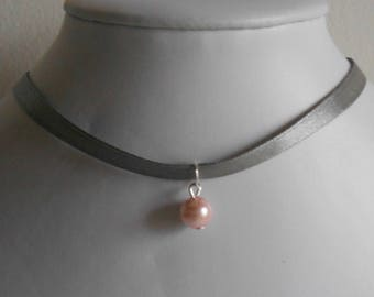 Adult/child gray satin ribbon and pink pendant wedding necklace