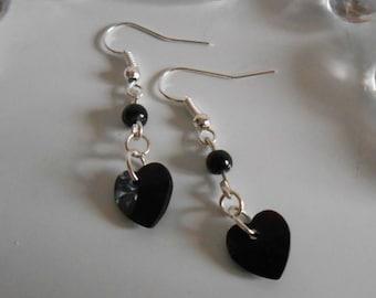 Heart and black pearls earrings