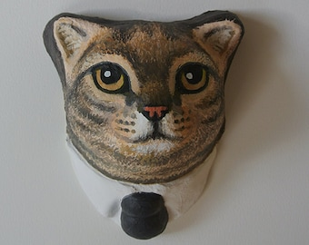Wall hanging. Business cat head