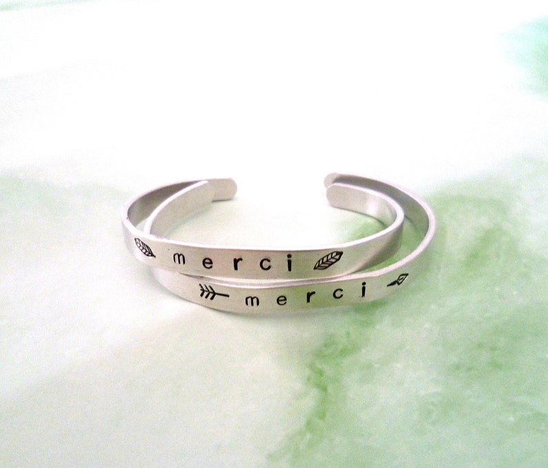 Customizable  name adjustable aluminum bracelet engraved by hand with the message of your choice MAMIE first name INITIAL couple