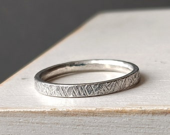 The Shimmer Ring