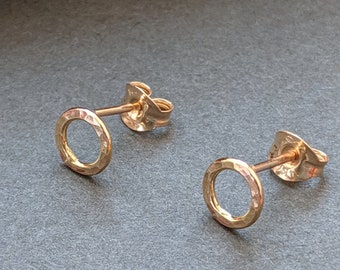 Gold Hammered Circle Studs | Tiny Gold stud earrings | Gold filled, 9ct or 18ct yellow gold
