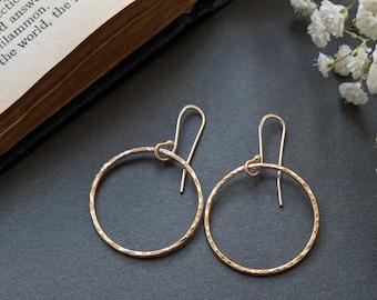 Gold LIGHTWEIGTH Hoop Earrings
