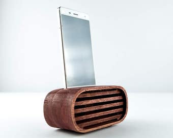 Wooden Phone Speaker, Passive Phone Amplifier, iPhone Acoustic Speaker, Personalized Wood Phone Stand, Wood Speaker for iPhone and Android