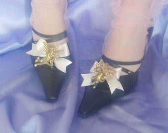 Angels shoe clips