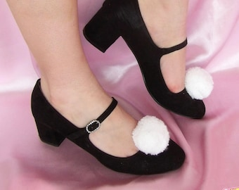 White tassel Shoe clips