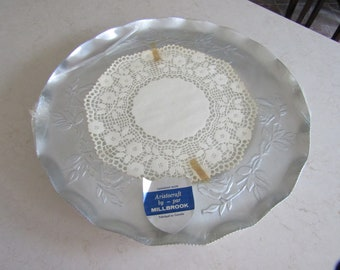 Vintage hammered blue aluminium pinecone platter with handle Forged aluminum plate