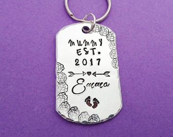 mummy est, mommy est 2017, new mom gift, mother's day gift, new mum, new mom, new mom keyring, mummy est 2016, mommy keychain, mummy keyring