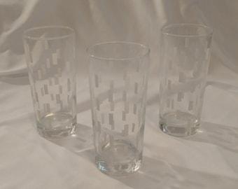1970s/1980s Set of 3 Mid Century Modern White Drinking Glasses