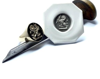 Ladies Gold Signet Ring - 9, 14 or 18ct Gold Signet Ring With Seal Engraved Family Crest In Reverse Complete With Wax Impression