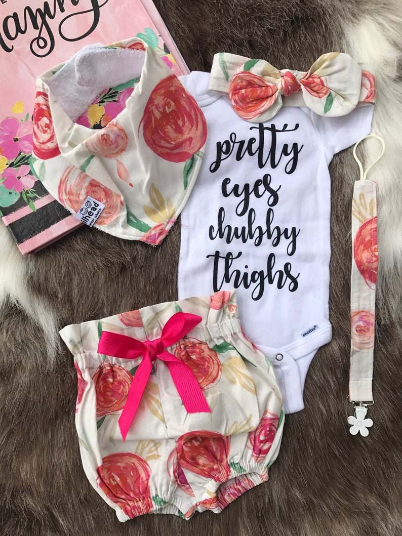 ce8488049011 Beautiful floral rounded roses   5pcs BabyGirl Coming Home