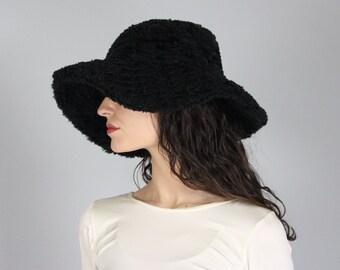 5e6f3b0b faux fur bucket hat   90s