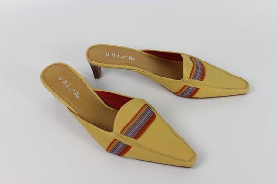90s mustard heeled mules US 7.5
