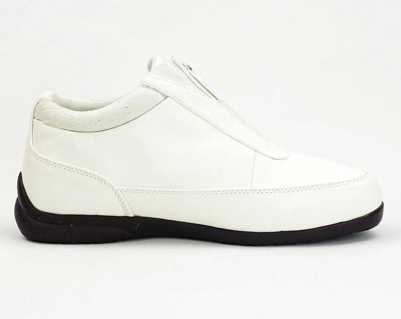 7b45409dc1ddc vtg 90s white minimalist chunky rubber futuristic zipper shoes