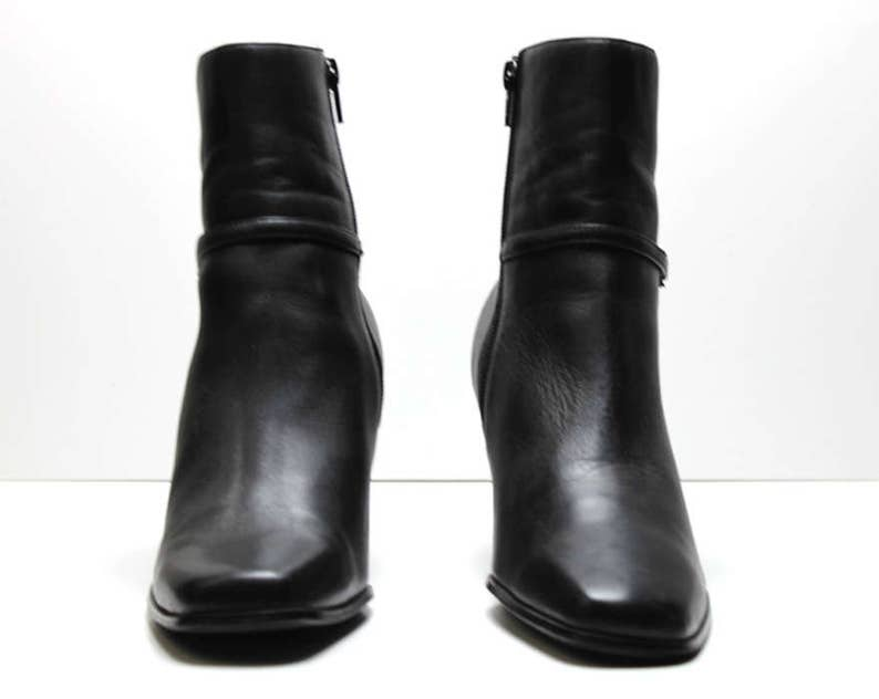 51806d10788e1 vtg 90s black leather minimalist structural futuristic harness buckle ankle  boots