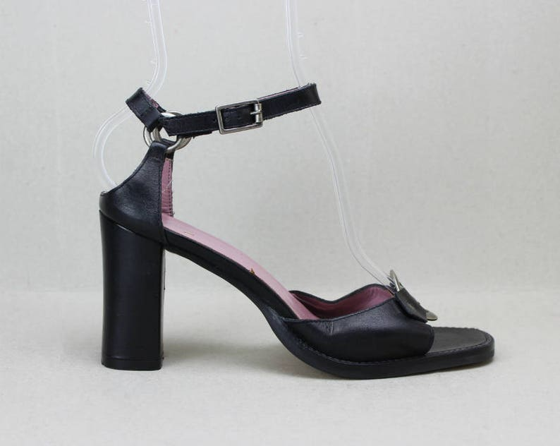 d39476204fd7c vtg 90s black leather chunky heel cut out o ring sandals US 7