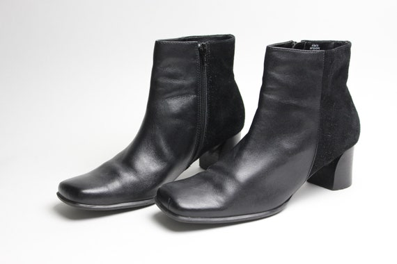 b9294854e5f4e 90s black leather + corduroy minimalist chunky ankle boots US 9.5 9 1/2