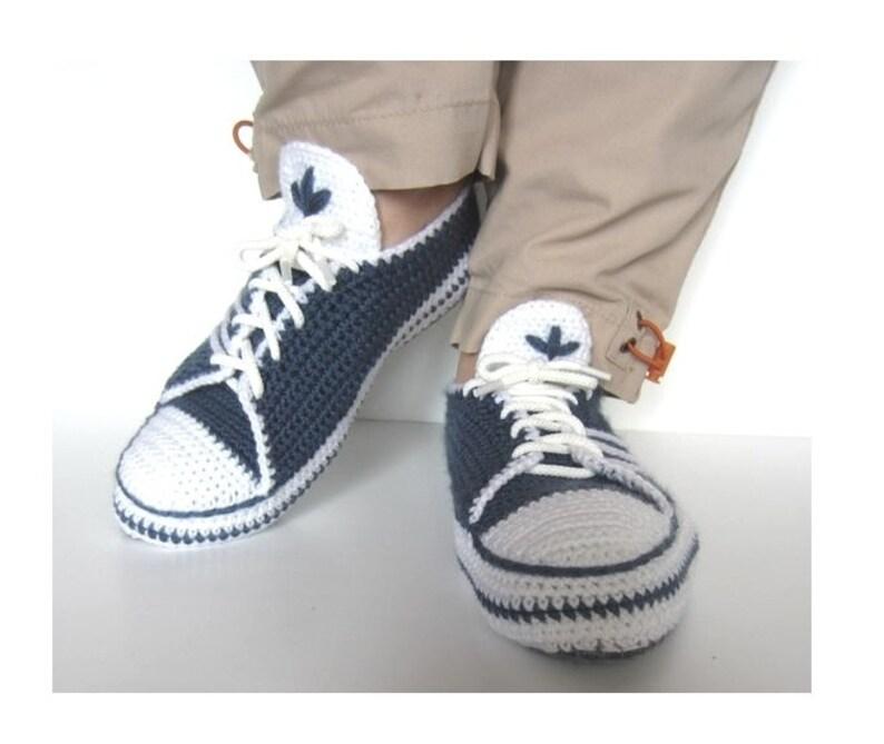 pretty nice ad4a0 31ecf Adidas Nike Gehäkelte Babyschuhe häkeln Turnschuhe Adidas | Etsy
