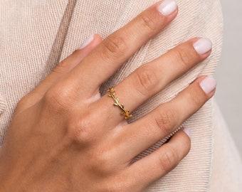 Silver Leaf Ring Minimal Stacking Ring Sterling Silver Dainty Leaf Ring Floral Ring Minimalist Ring Adjustable ring