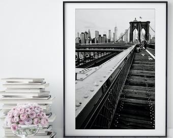 NYC Skyline Print / New York City Wall Art / Brooklyn Bridge Print / Manhattan Skyline Art / Black & White Wall Art / Minimalist Decor