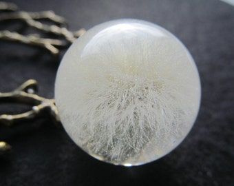 Dandelion necklace, white ball, dandelion resin, dandelion bloom, gift for Christmas, Snow white dandelion, resin pendant, Winter necklace