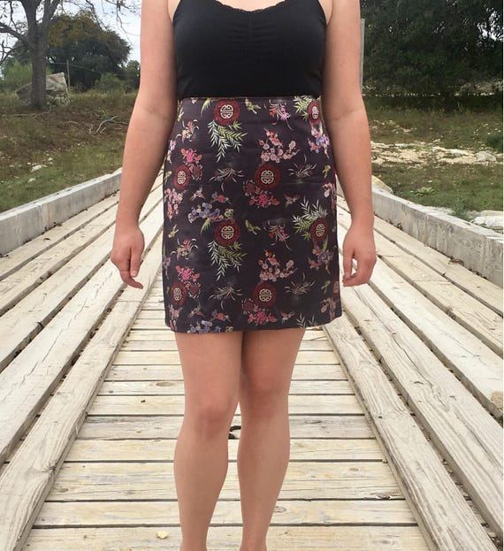 90's Asian bird and flower print silk style skirt