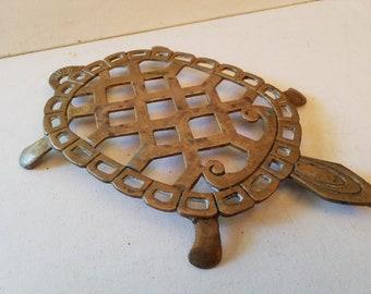 Turtle trivit, brass