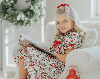 Girls Christmas Nightgown,Watercolor holly nightgown,clara nutcracker nightgown,vintage nighgown,toddler nightgown,matching family pajamas