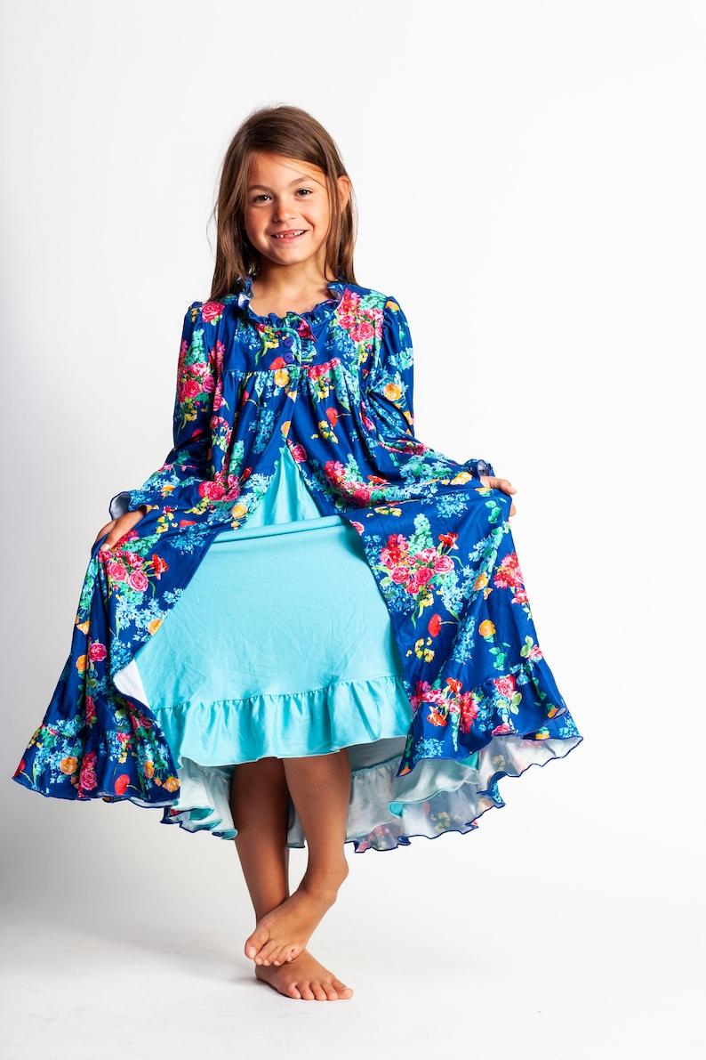 10d8acbe9427 Pretty girls nightgownpeignoir robe setbirthday pajamasblue