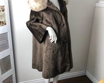 Vintage Brown Fur Coat Silver Fox Collar