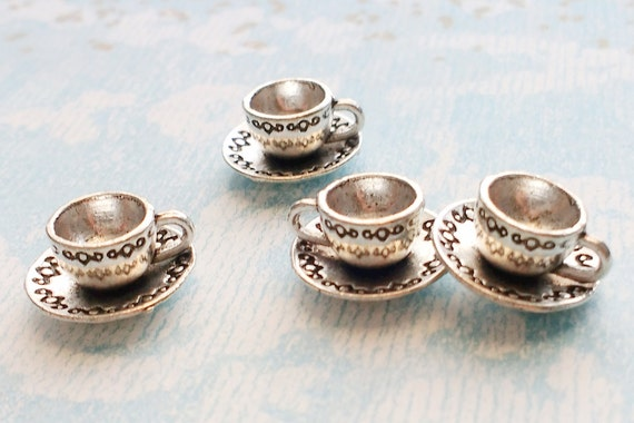 4pcs Teacup /& Saucer Charms Silver Tone 14x8mm Jewellery Supplies B21973
