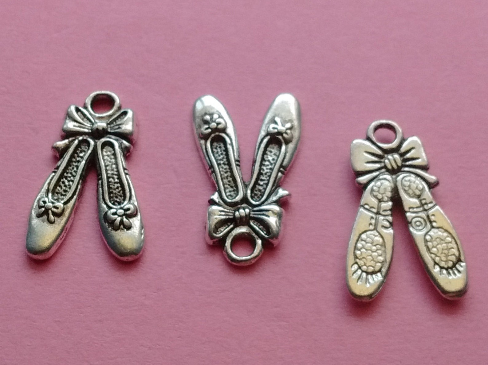 8 ballet slippers charms silver ballet shoes charm - cs2309