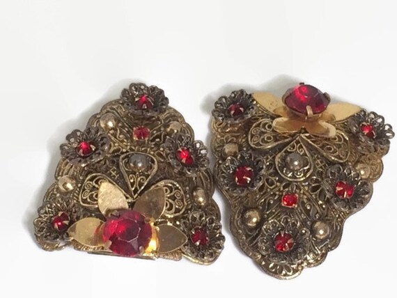 Gold Filigree and Red Rhinestone 30's 40's Shoe or