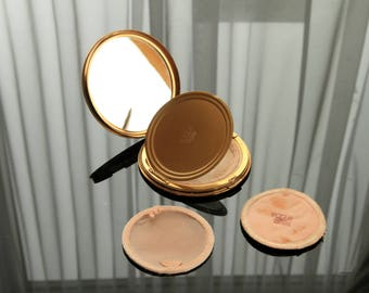 VOGUE 'Vanities' Compact from the 1950's