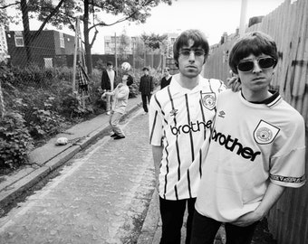 Oasis - Noel/Liam BW Poster - Choose Your Size - Includes a Free Surprise A3 Poster (5)