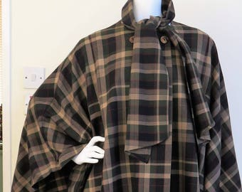 450d9dd2636 Avoca Tartan Cape Coat with Attached Scarf 100% Pure New Wool Made in  Ireland - Size Small