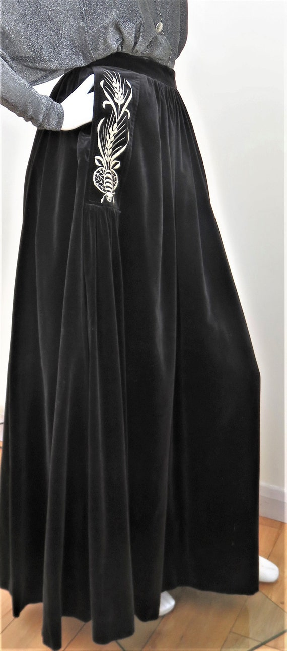 Bill Gibb 70's Black Velvet Maxi Skirt - Signature