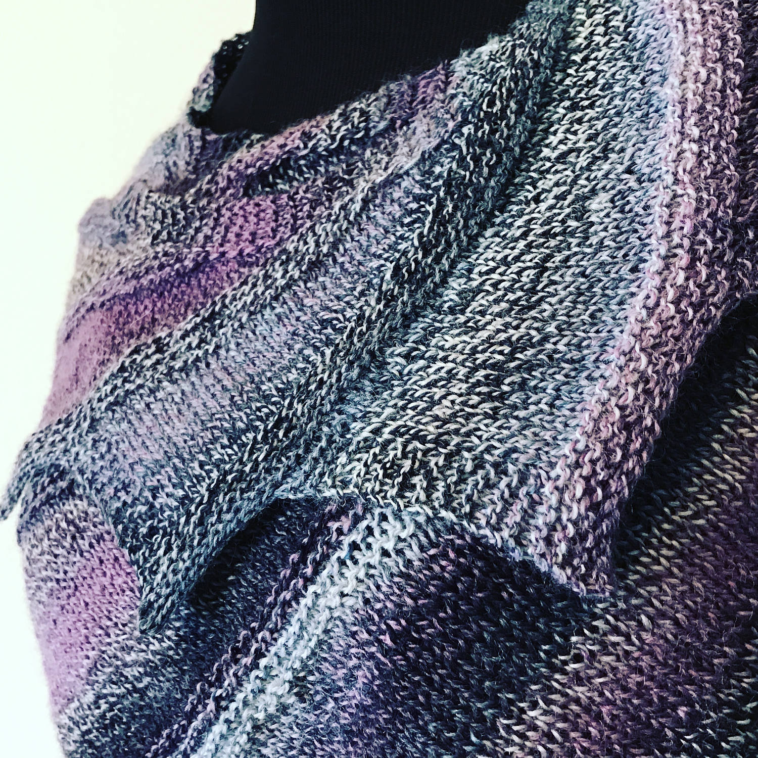 Short Row Knitting PATTERN featuring ombre gradient and variegated ...